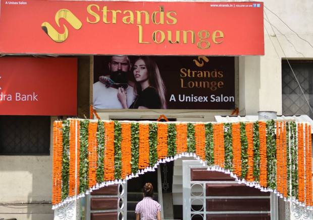 Strands salon